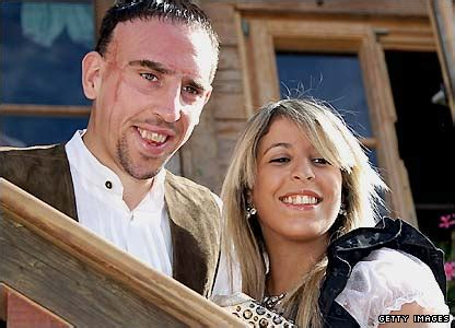 Franck Ribery with Wife Pics | FOOTBALL STARS WALLPAPERS