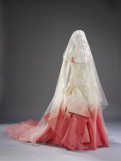 BeWicked Art: The Story Behind Wedding Dresses