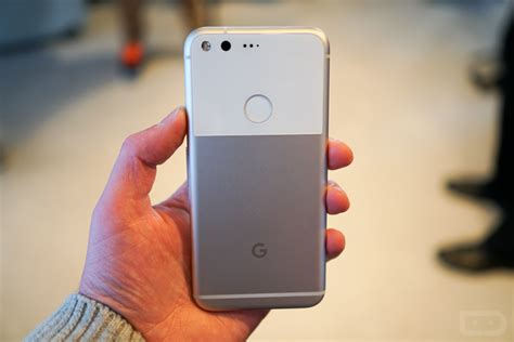 Video: Google Pixel and Pixel XL First Look and Tour