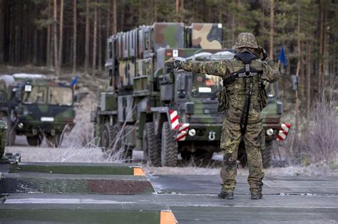 Swedish Army orders Rheinmetall HX heavy trucks for