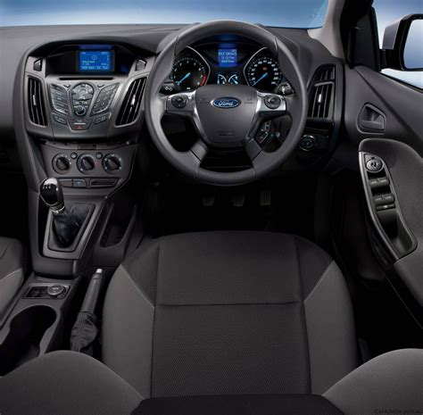 Ford Focus Ambiente: Quick Review - photos | CarAdvice