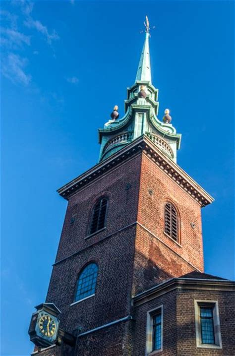 All Hallows-by-the-Tower | Historic London Churches