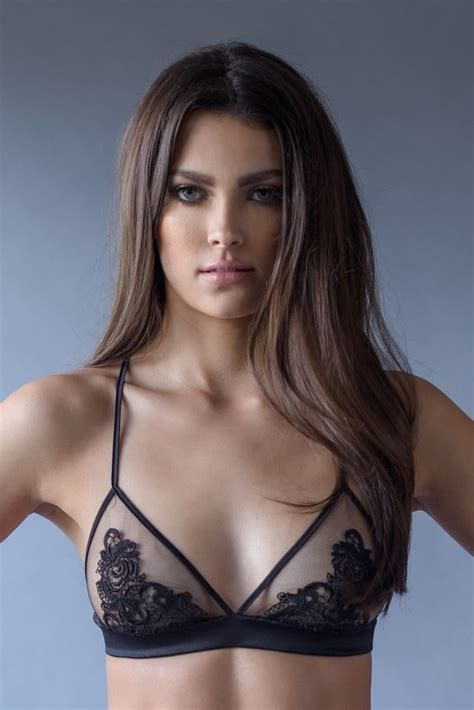 What lingerie should I use if I have a flat chest? - Quora