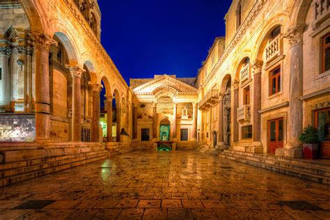 Diocletian's Palace Ruins early in the morning | Split