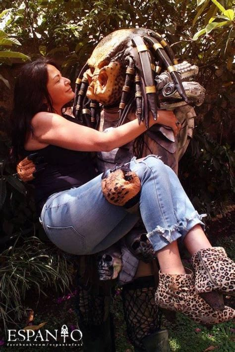 Cool Cosplay: Predator and Elpidia Carrillo | Live for Films
