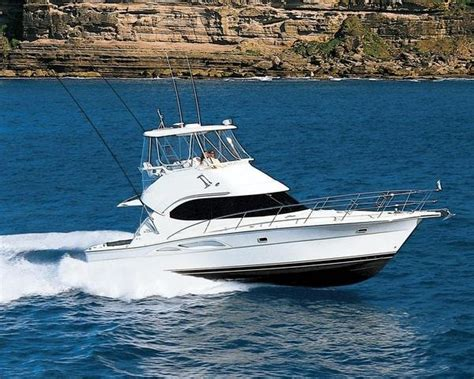 2007 Riviera 37   boat review @ Top Speed