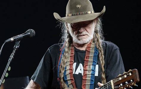Outlaw Music Festival with Willie Nelson - Silver Eagle