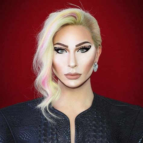 Drag Queen From Manchester Is So Good At Makeup, He Can
