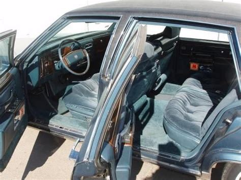 Sell used 1977 Cadillac Fleetwood Brougham in Macon