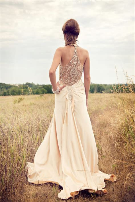 Top 10 Lace Back Wedding Dresses   Wedding Trends