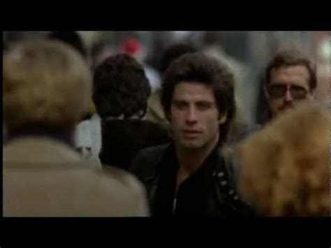 STAYING ALIVE - Scena con Sylvester Stallone - YouTube