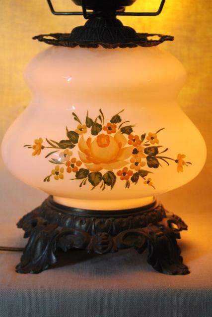 vintage Quoizel hand-painted milk glass chimney shade lamp